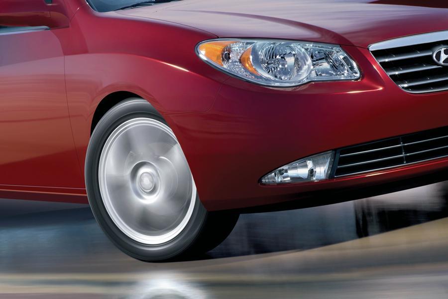 2008 Hyundai Elantra Photo 2 of 7