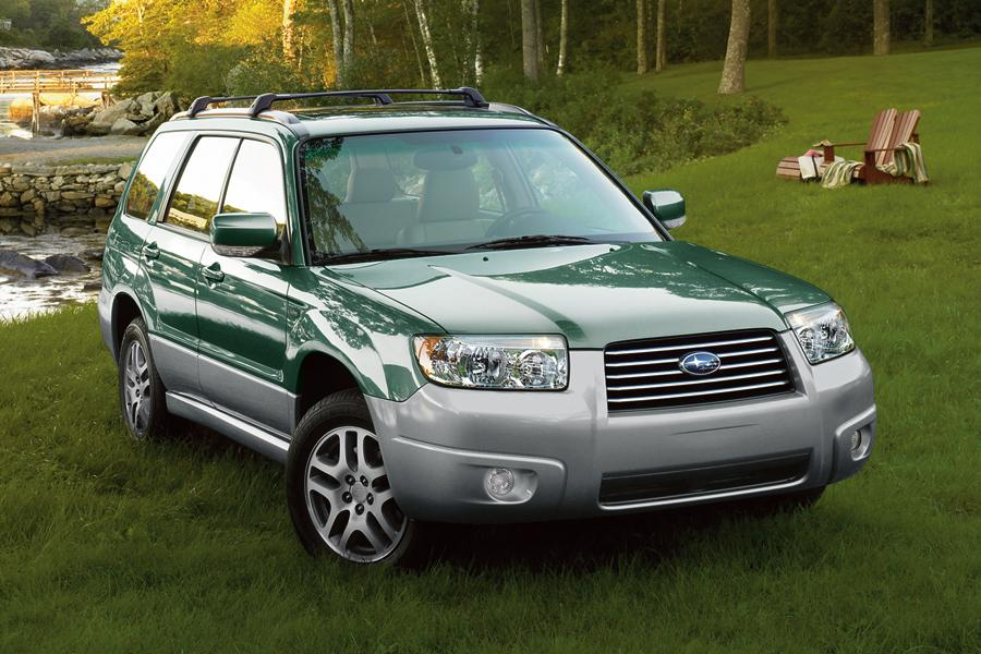 2008 Subaru Forester Photo 2 of 7