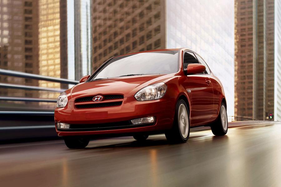 2008 Hyundai Accent Photo 1 of 7