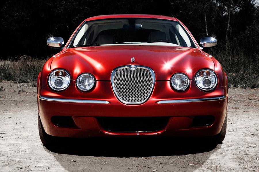 2008 Jaguar S-Type Photo 2 of 9