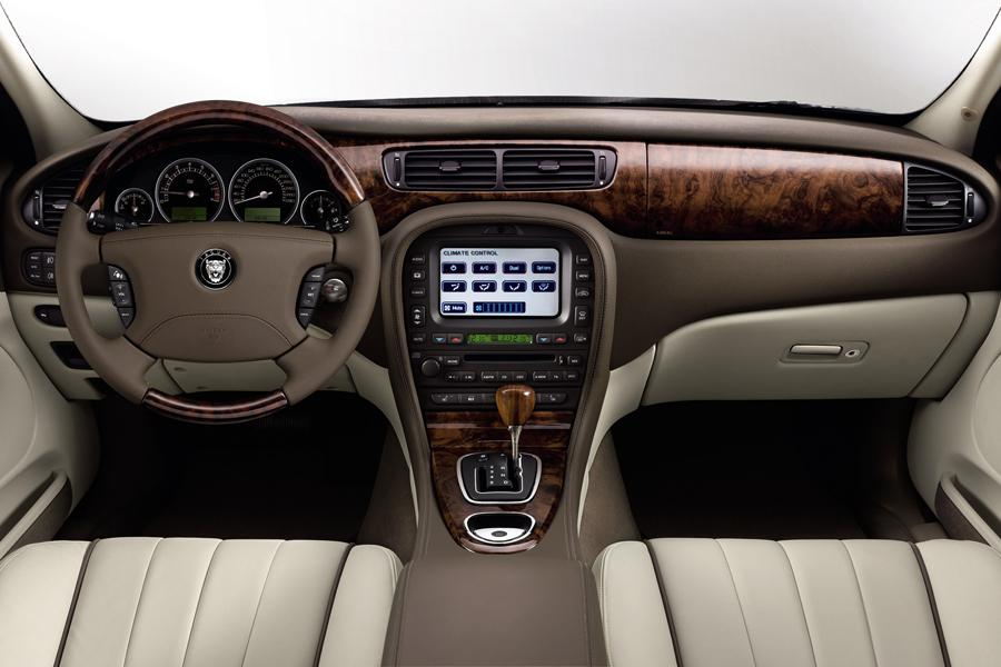 jaguar s type sedan models price specs reviews. Black Bedroom Furniture Sets. Home Design Ideas