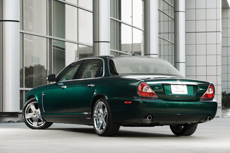 2008 Jaguar XJ8 Overview  Carscom