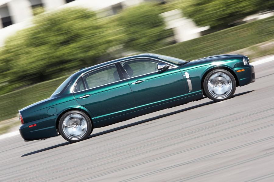 2008 Jaguar XJ8 Photo 4 of 8