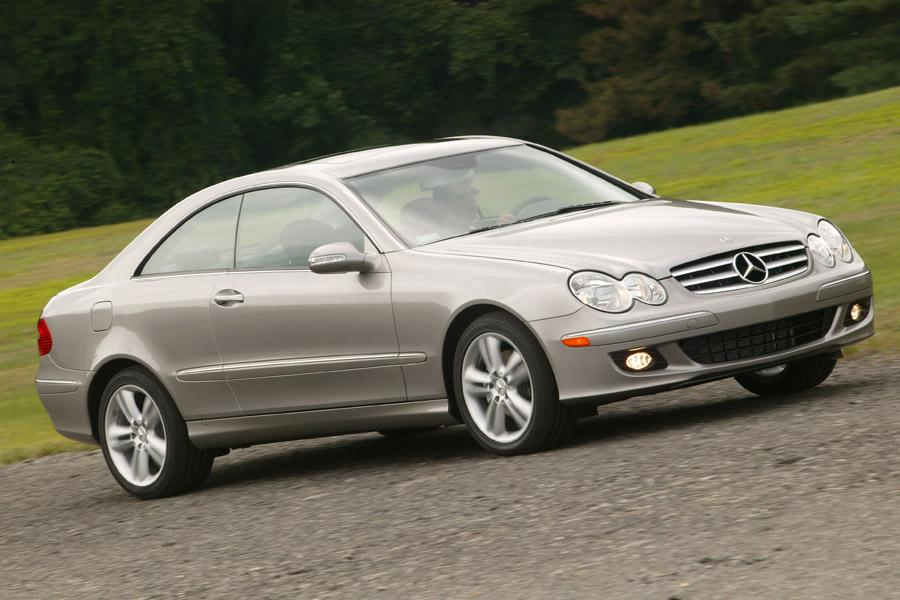2008 Mercedes-Benz CLK-Class Photo 2 of 11
