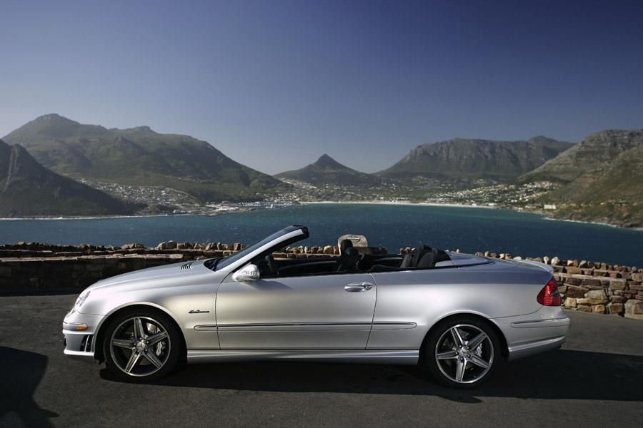 2008 Mercedes-Benz CLK-Class Photo 4 of 11