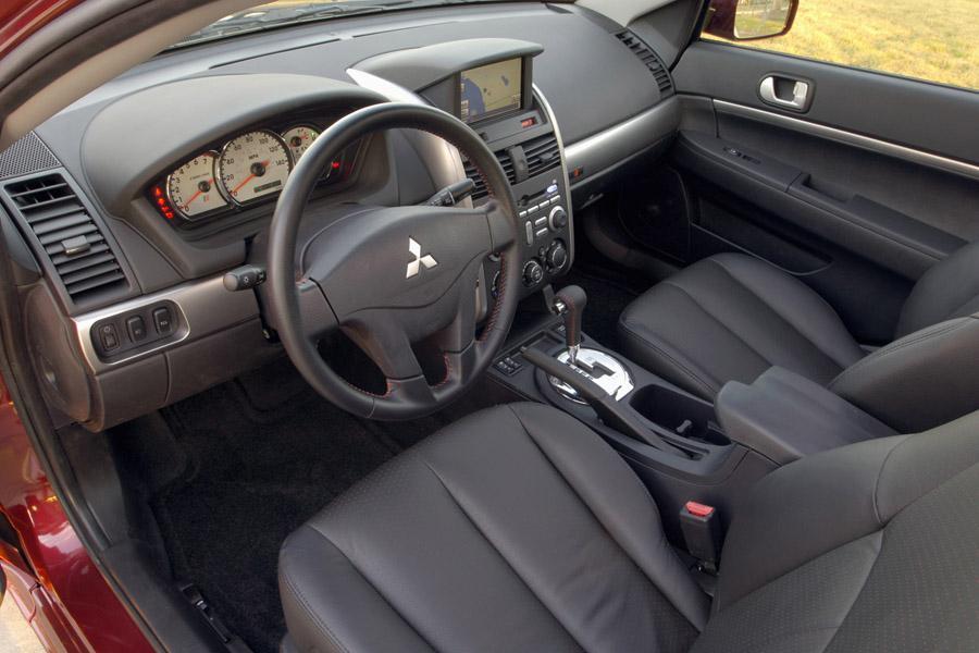2008 Mitsubishi Galant Photo 6 of 8
