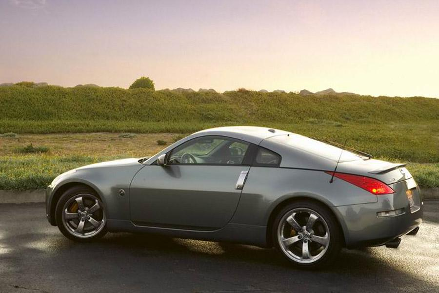 2008 Nissan 350Z Photo 2 of 9