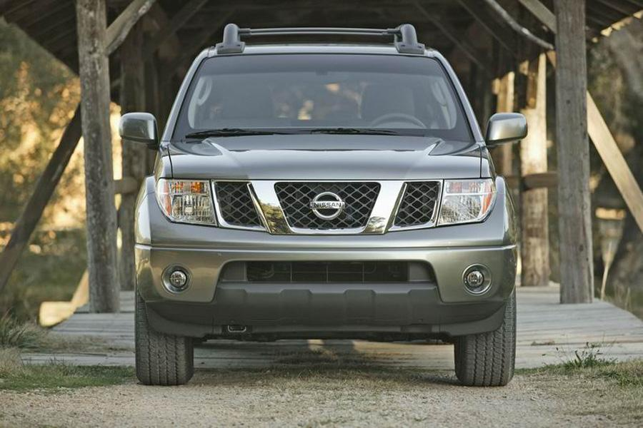 2008 Nissan Frontier Photo 3 of 12
