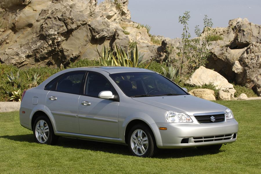 Suzuki Forenza Sedan Models, Price, Specs, Reviews | Cars.com