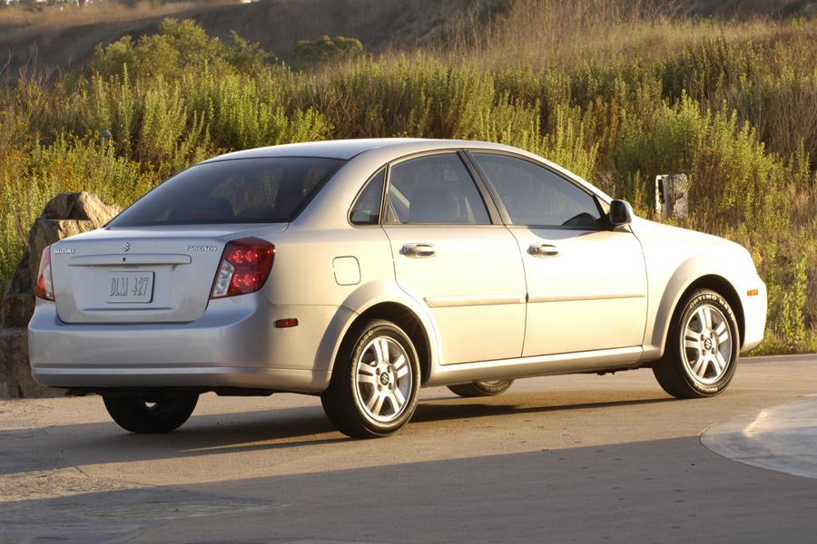 2008 Suzuki Forenza Photo 5 of 7