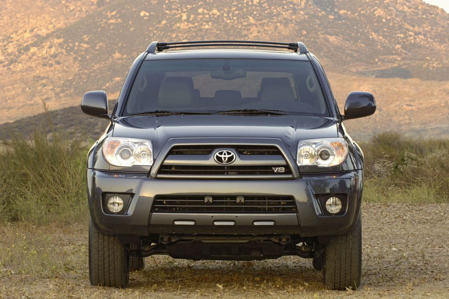 2008 Toyota 4Runner Photo 4 of 10