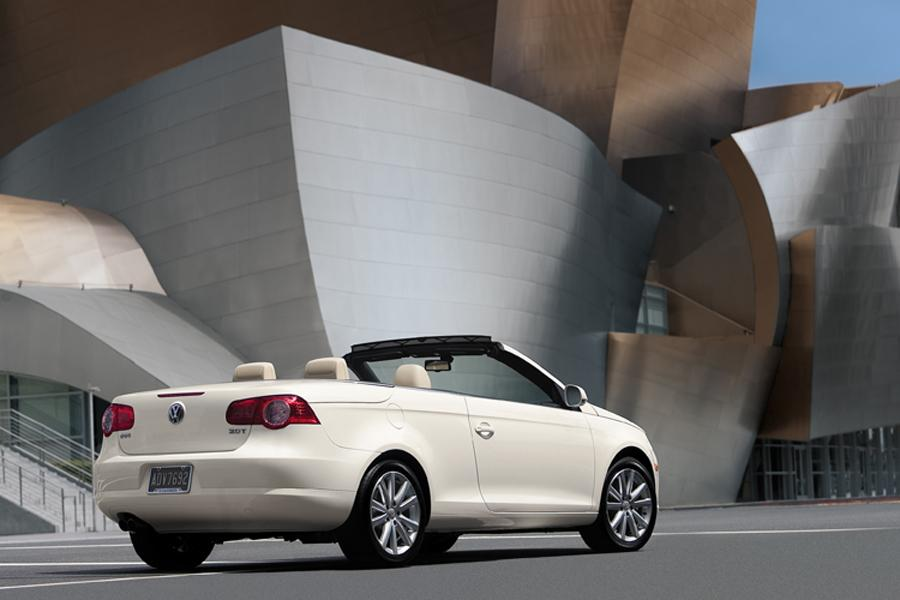 2008 Volkswagen Eos Photo 2 of 9