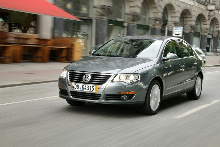 2008 Volkswagen Passat Photo 4 of 10