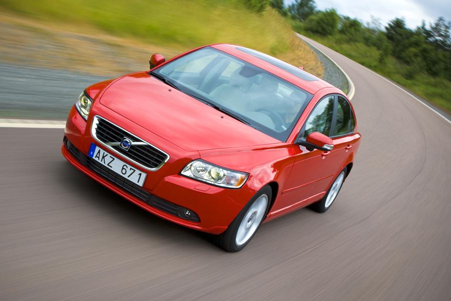 2008 Volvo S40 Photo 2 of 7