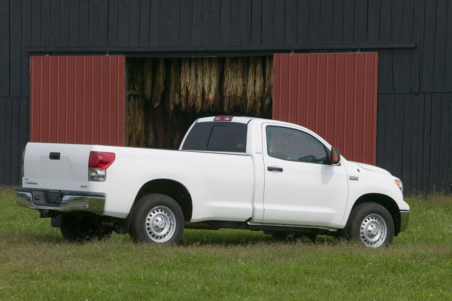 2008 Toyota Tundra Photo 3 of 9
