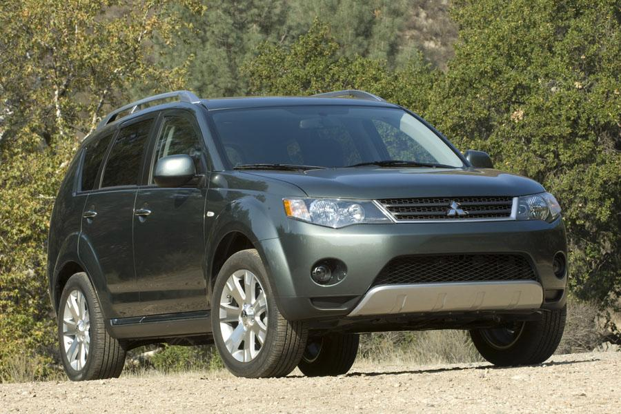 2008 Mitsubishi Outlander Photo 3 of 8