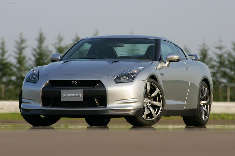 2009 Nissan GT-R Photo 1 of 13