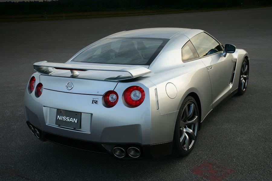 2009 nissan gt r overview. Black Bedroom Furniture Sets. Home Design Ideas
