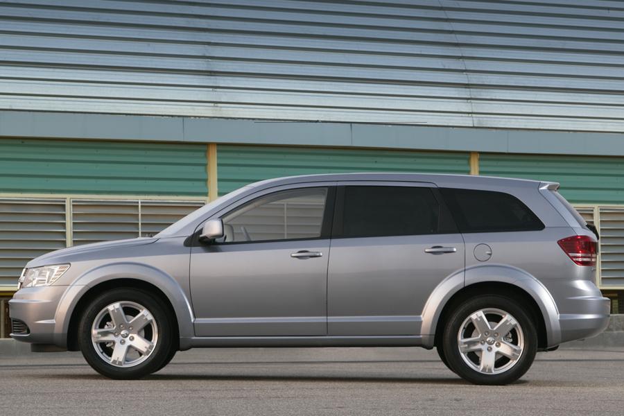 2009 Dodge Journey Overview  Carscom