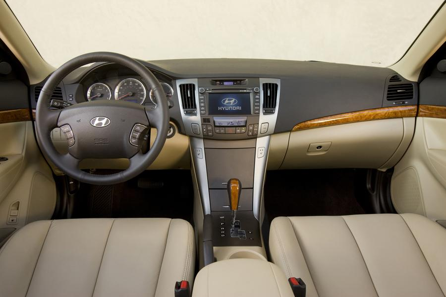 2009 Hyundai Sonata Reviews Specs And Prices Cars Com