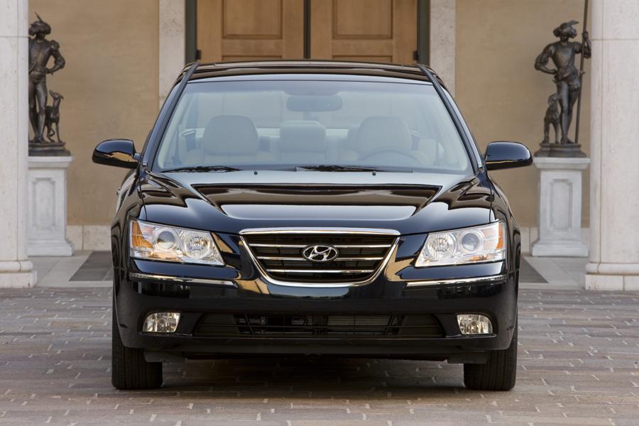 2009 Hyundai Sonata Photo 4 of 9