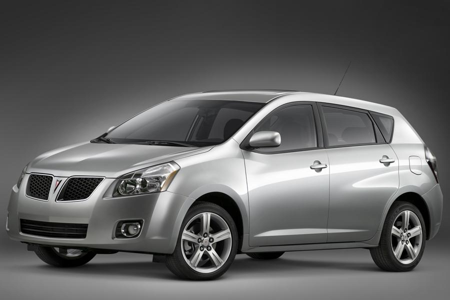 2009 Pontiac Vibe Photo 2 of 16