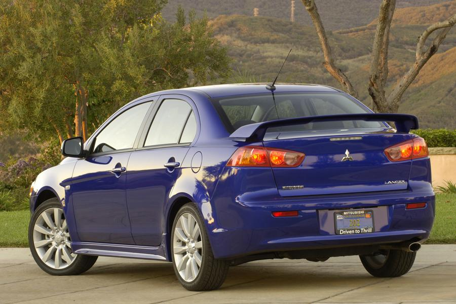 2009 Mitsubishi Lancer Photo 2 of 12