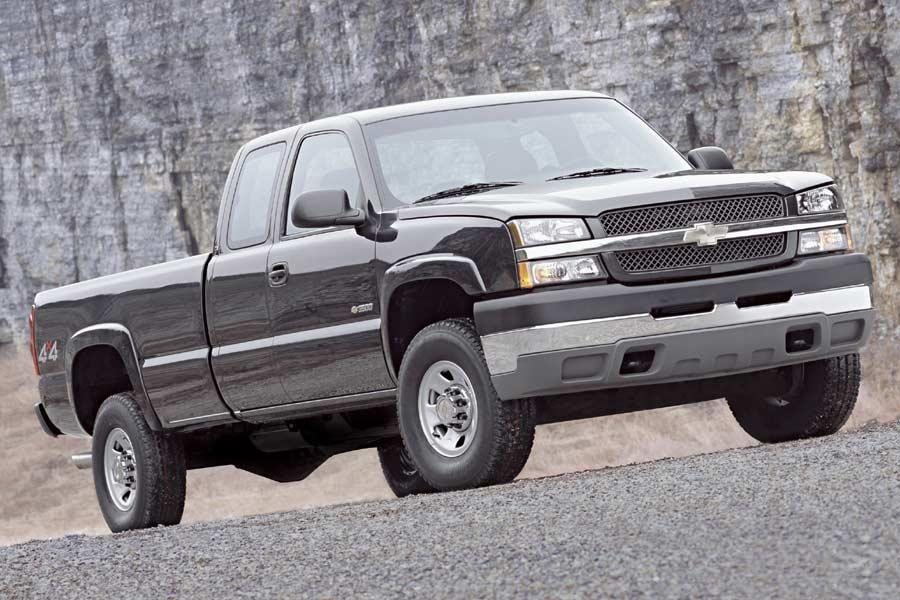 2004 Chevrolet Silverado 3500 Photo 1 of 3