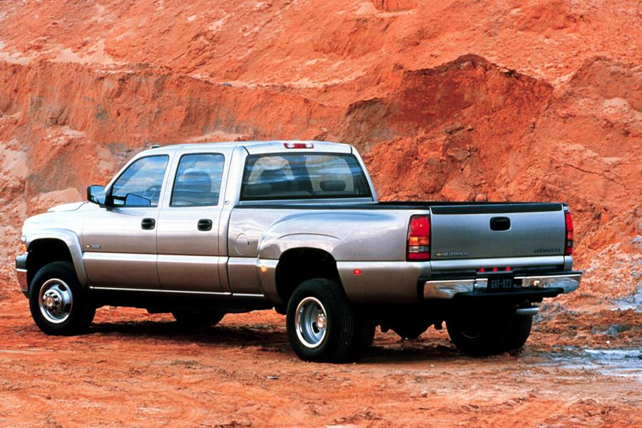 2001 Chevrolet Silverado 3500 Photo 4 of 8
