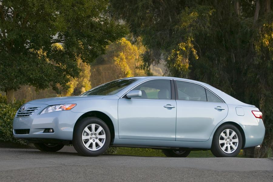 2009 Toyota Camry Specs, Pictures, Trims, Colors || Cars.com