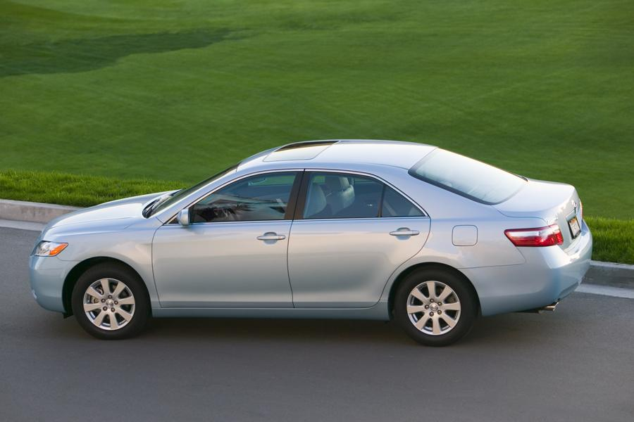 2009 Toyota Camry Photo 5 of 13