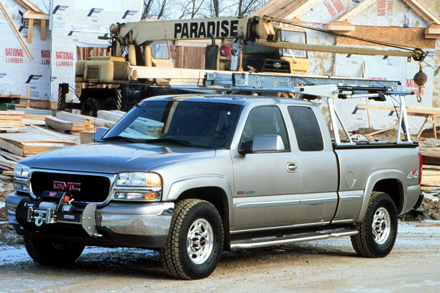2001 GMC Sierra 2500 Photo 2 of 12