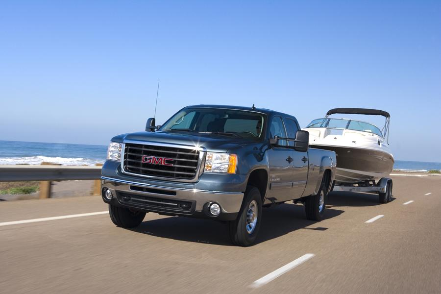 2008 GMC Sierra 2500 Photo 2 of 6