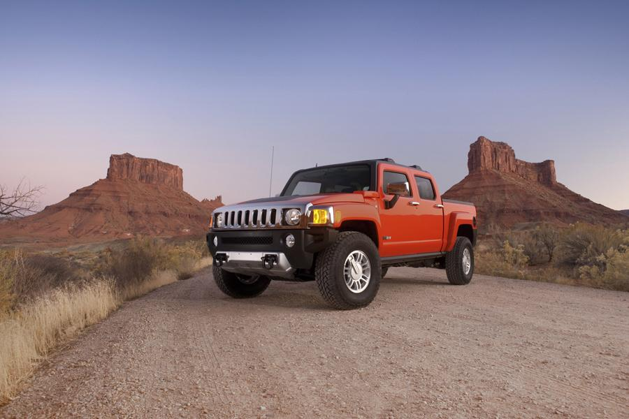 2009 Hummer H3 Photo 2 of 18