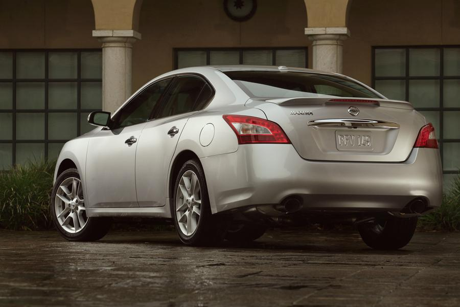 2009 Nissan Maxima Reviews Specs And Prices Cars Com