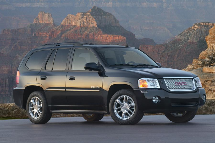 Gmc Envoy 2016 >> GMC Envoy SUV - Cars.com Overview | Cars.com