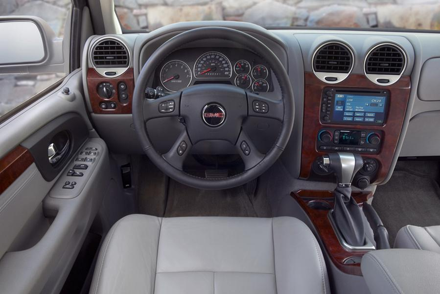 2009 GMC Envoy Specs Pictures Trims Colors  Carscom