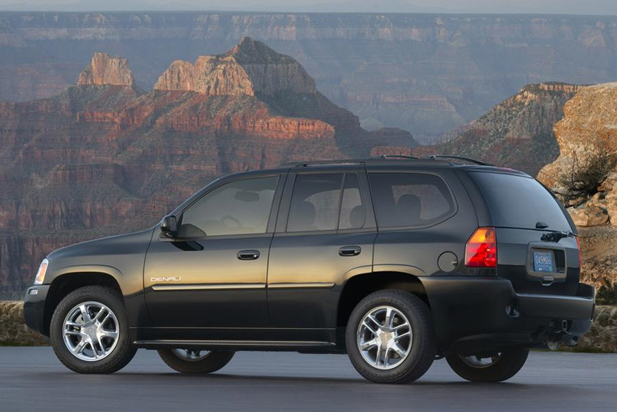 2009 GMC Envoy Photo 2 of 5