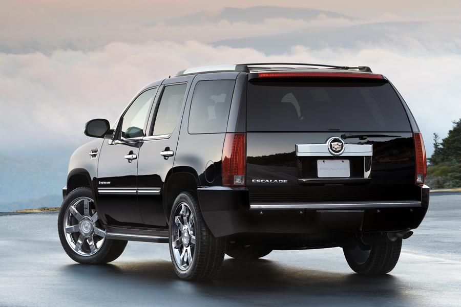 2009 cadillac escalade overview. Black Bedroom Furniture Sets. Home Design Ideas