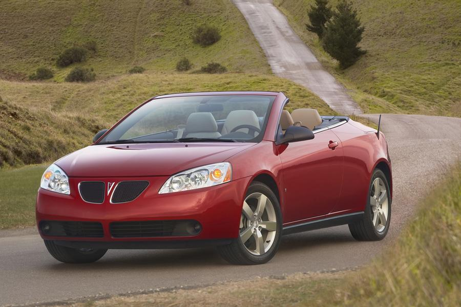 2009 Pontiac G6 Photo 2 of 8