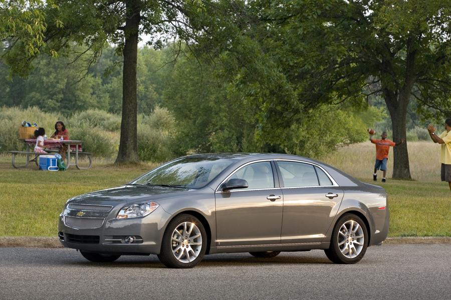 2009 Chevrolet Malibu Photo 5 of 10