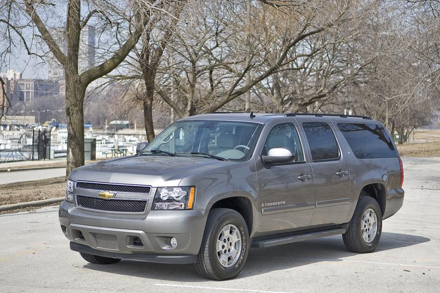 2009 Chevrolet Suburban Photo 1 of 17