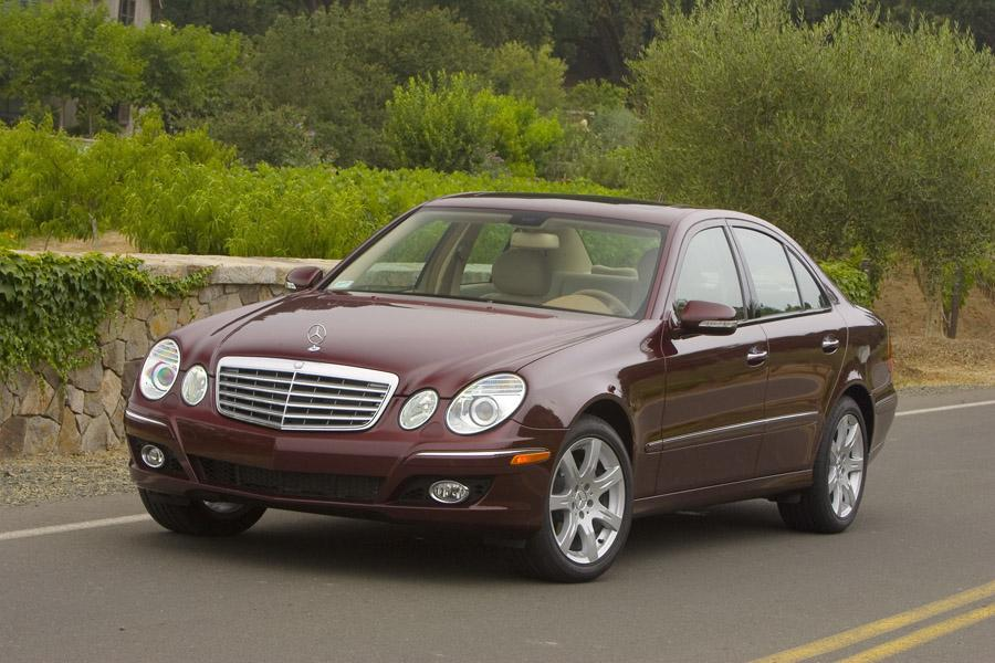 2009 mercedes benz e class overview for Mercedes benz roadside assistance coverage