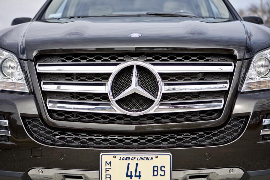 2009 Mercedes-Benz GL-Class Photo 2 of 15