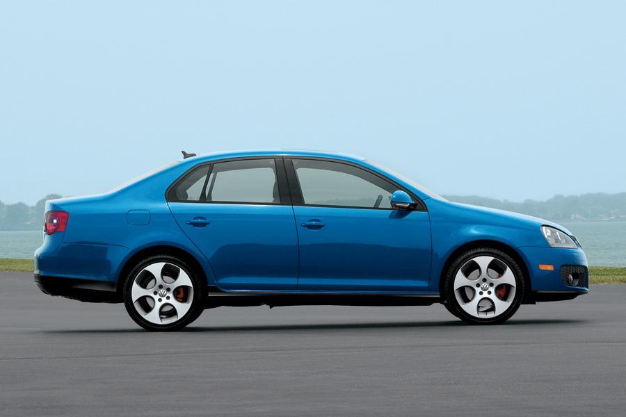 2009 Volkswagen Jetta Photo 3 of 25