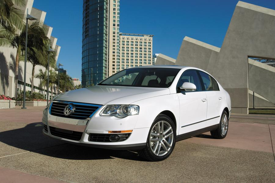 2009 Volkswagen Passat Photo 4 of 6