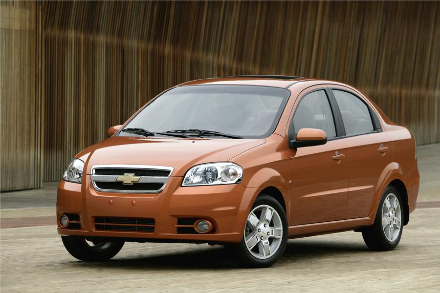 2009 Chevrolet Aveo Photo 1 of 16