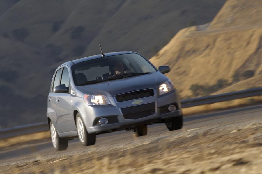 2009 Chevrolet Aveo Photo 5 of 16