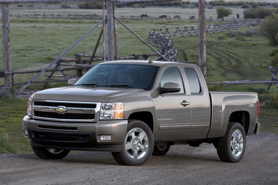 2009 Chevrolet Silverado 1500 Specs, Pictures, Trims, Colors || Cars.com