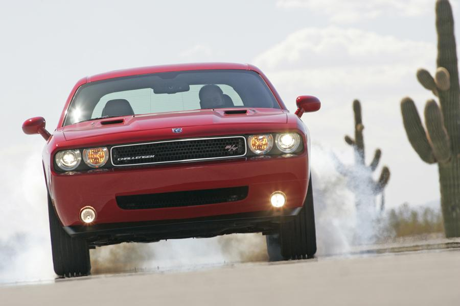 2009 Dodge Challenger Photo 2 of 16